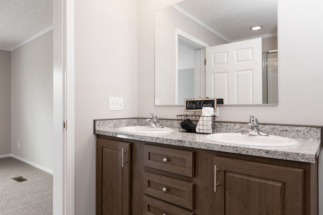 The DURANGO Master Bathroom. This Manufactured Mobile Home features 3 bedrooms and 2 baths.