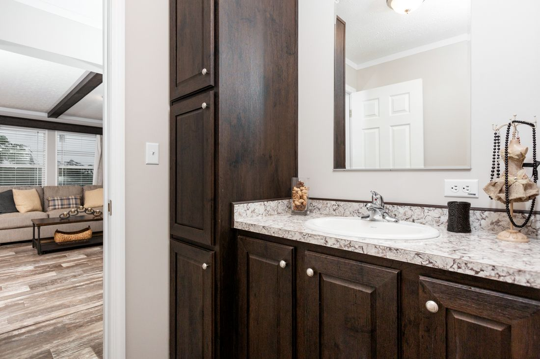 The TAHOE 3272A Guest Bathroom. This Manufactured Mobile Home features 3 bedrooms and 2 baths.